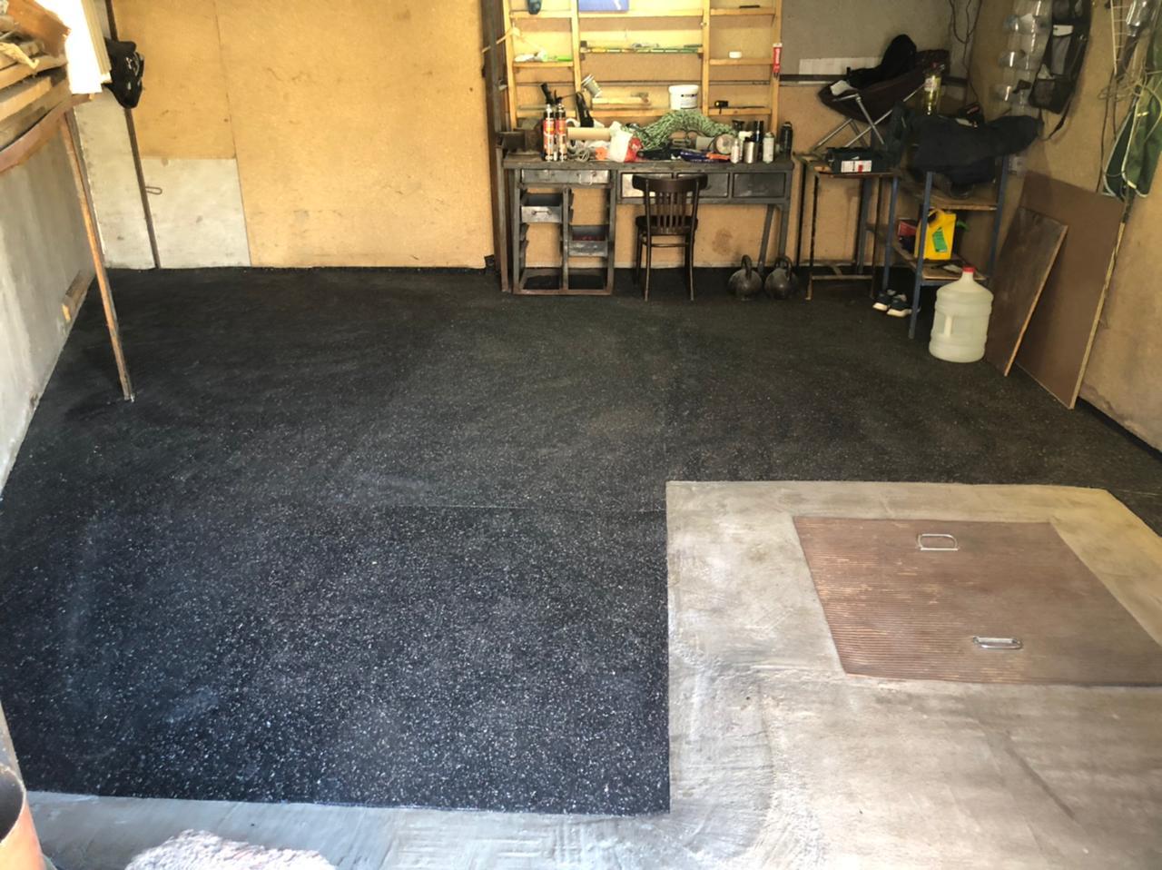 резиновое покрытие в гараж
